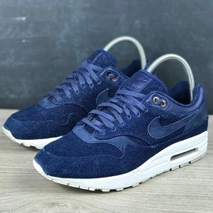 Nike Air Max 1 Lux X London Cloth Sneakers